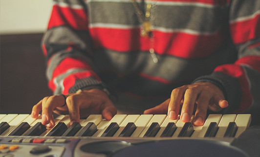 Different Types Of Electronic Keyboards